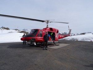Greenland crossing expedition - Kangerlussuaq airport RS