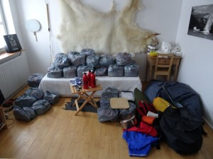 Greenland crossing expedition - supplies and equipment RS