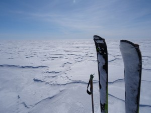 Greenland crossing expedition - hard ice RS