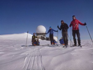 Greenland crossing expedition - Dye 2 station farewell RS