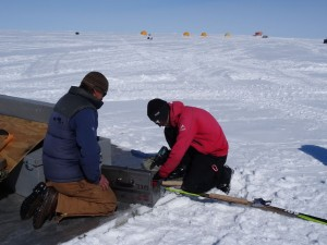 Greenland crossing expedition - broken ski 4 fixing ski RS