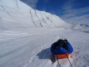 29 Greenland expediton - finally find a way down from ice cliff whilst trying to exit western edge RS