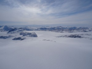 8 Greenland expediton - Heli lifted to the ice sheet with mountains disappearing RS